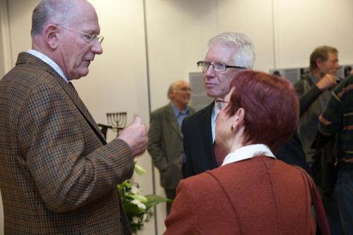 Pfarrer Werner Zupp (Vorsitzender des Deutsch-Israelischen Freundeskreises Neuwied e.V. – DIF) mit Dr. Hanne Wüst und dem Ehrenmitglied des DIF Dr. Hans-Georg Jungblut